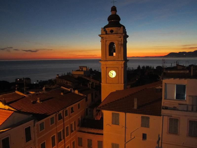 laterrazza-tramonto-bordighera